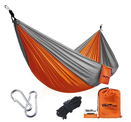 Wolfyok Portabel Camping Hängematte 290 x 140cm Multifunktionen Super Leicht Nylon Fallschirm Outdoor Reise Garten Hammock für Mehrpersonen Kapazität 230kg Orange