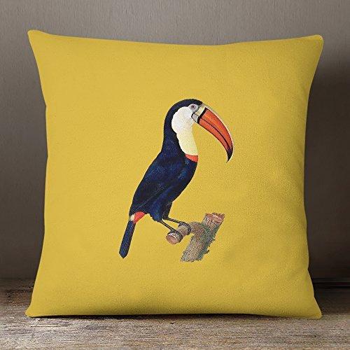 Designer wasserfester stoff Garten Außen Kissen - Toucan -  Tropische  Sammlung - entworfener bedruckt Handgefertigt in Großbritannien - Mustard 50 x 50 cm